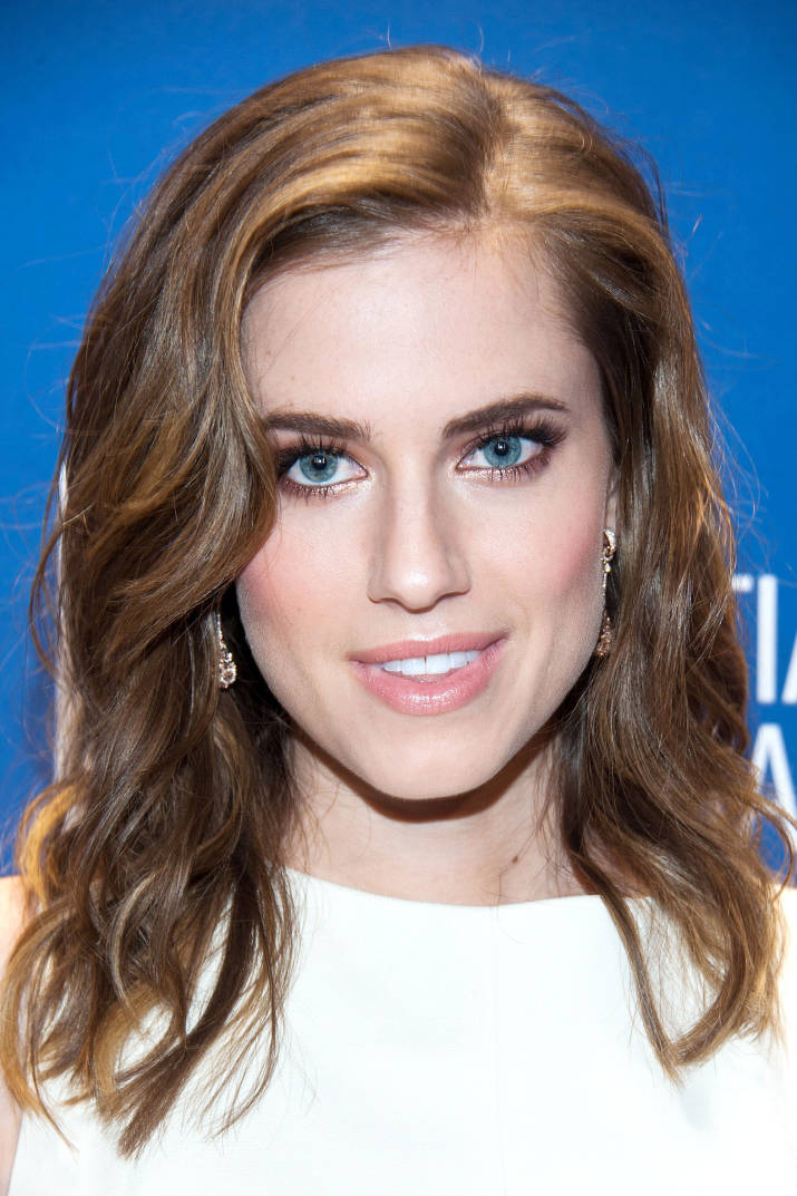 hbz-spring-haircuts-02-allison-williams-md