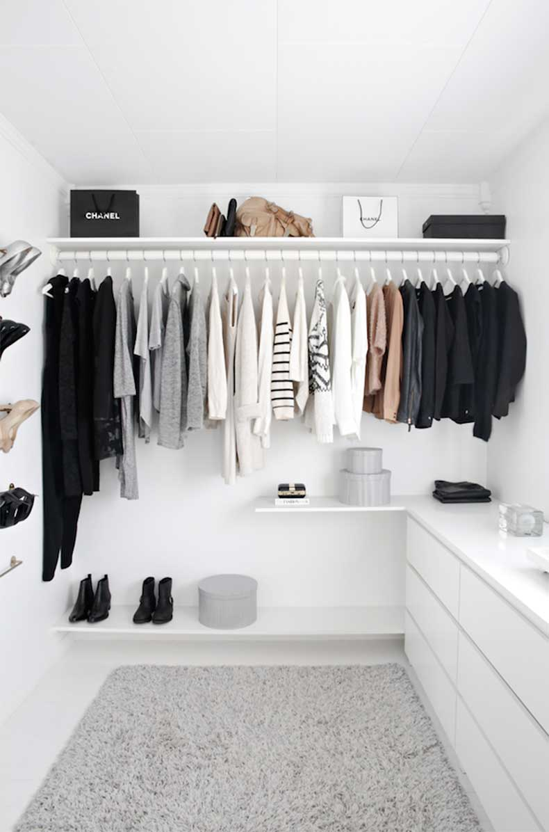 1-Le-Fashion-Blog-A-Fashionable-Home-Minimal-Bright-Walk-In-Closet-Scandinavian-Minimal-Interior-Design-Via-Stylizimo