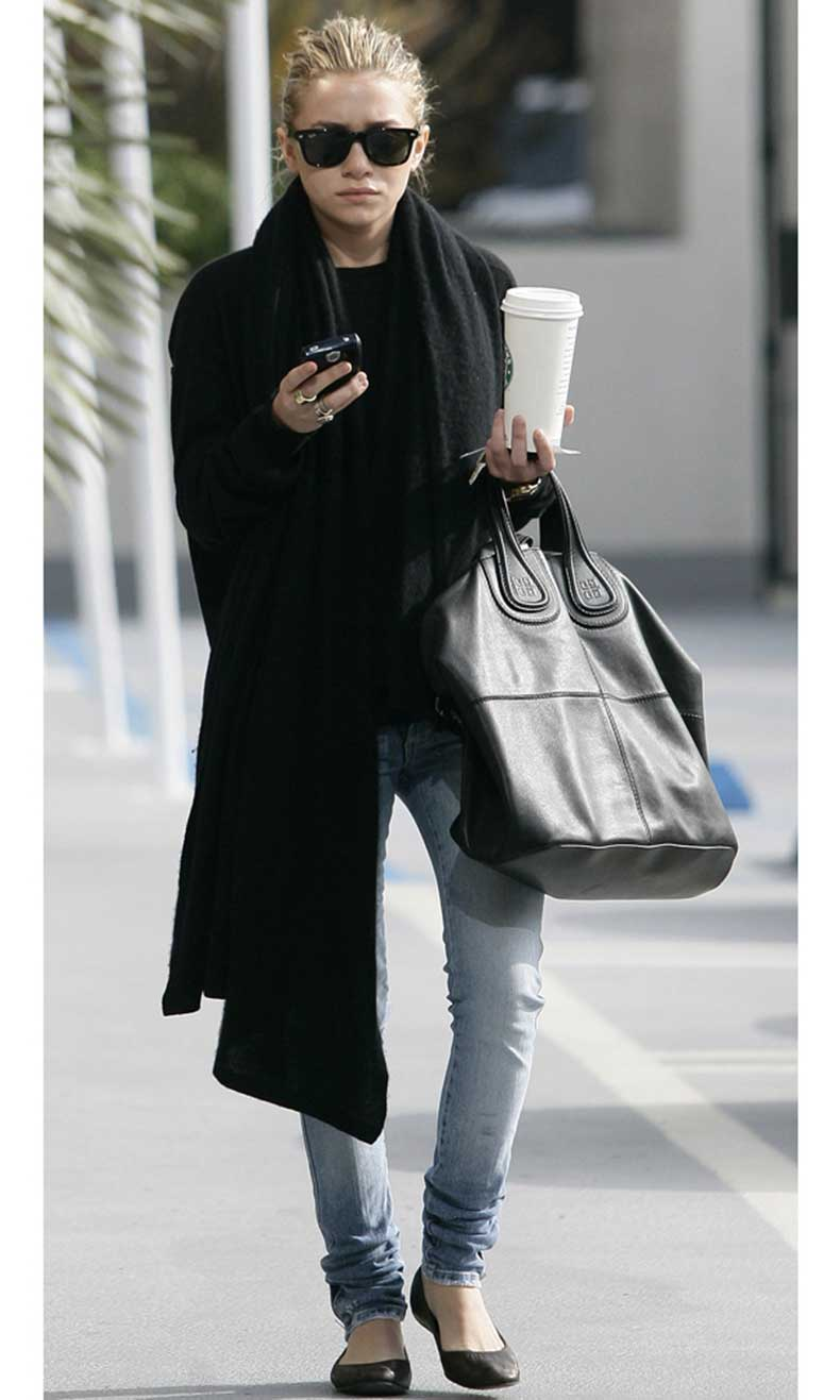 Olsens-Anonymous-Blog-Ashley-Olsen-Laid-Back-Minimal-Ray-Ban-Sunglasses-Oversized-Scarf-Givenchy-Bag-Denim-Ballet-Flats