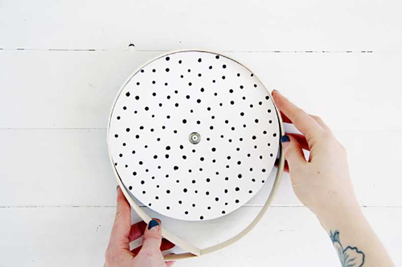 Design-Sponge-Spotted-Clock-Tutorial-16-500x333