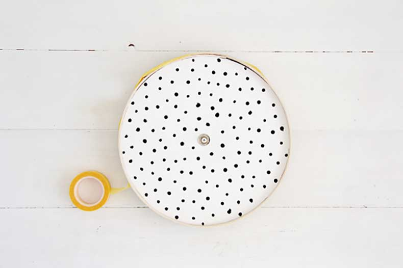 Design-Sponge-Spotted-Clock-Tutorial-18-500x333