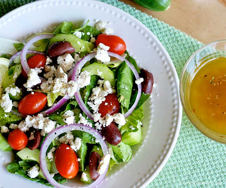 greek-salad-topview