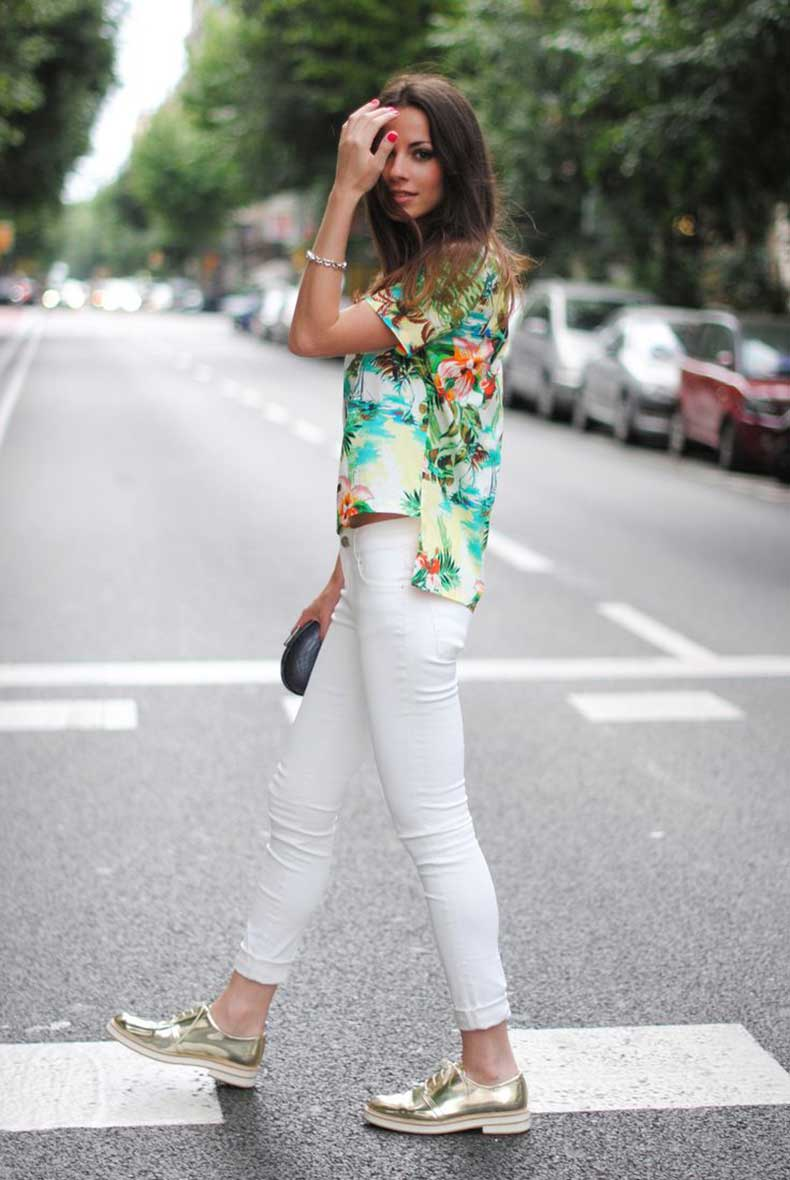 Todays-Street-Style-Combine-Summer-Trends-Metallic-shoes-and-floral-shirts-are-a-great-pair.