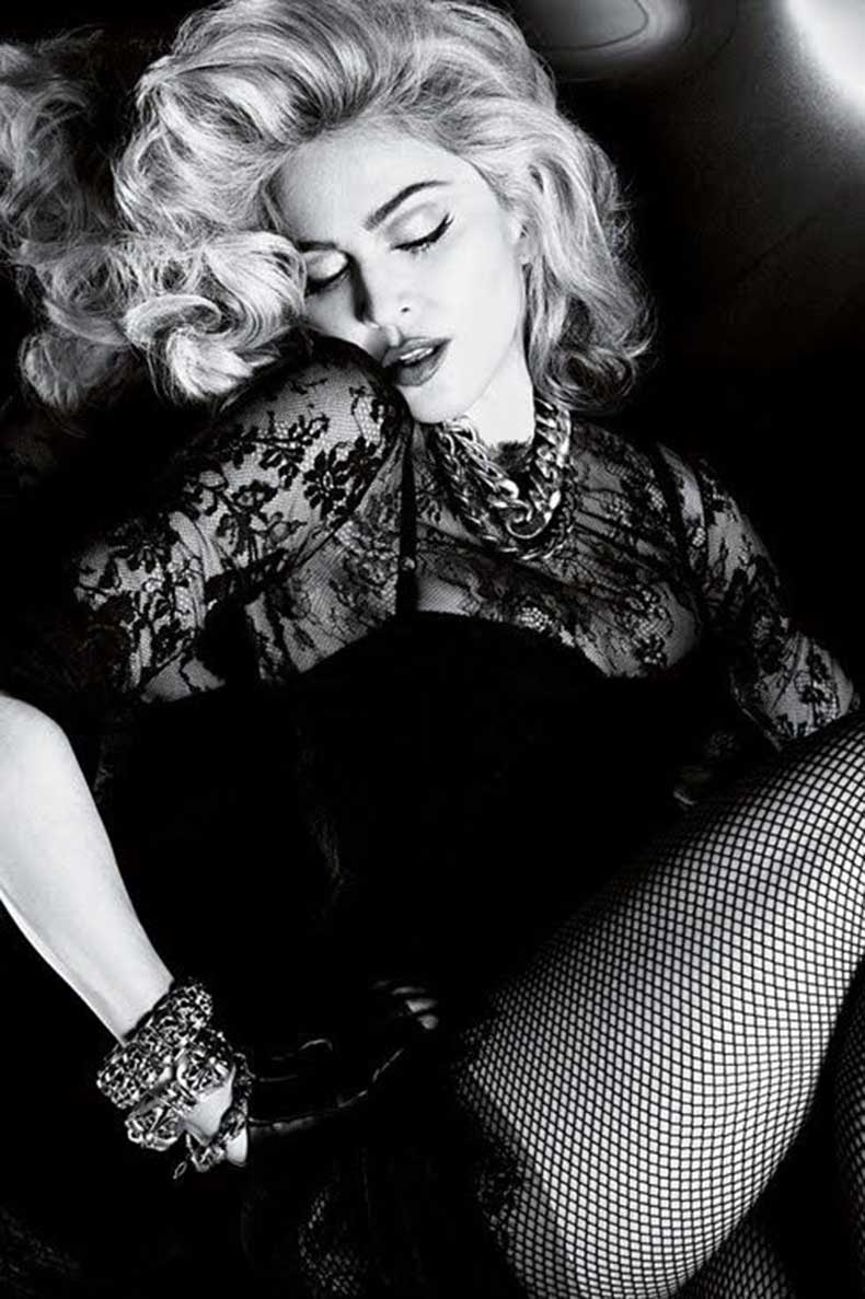 lace-Madonna-outfit