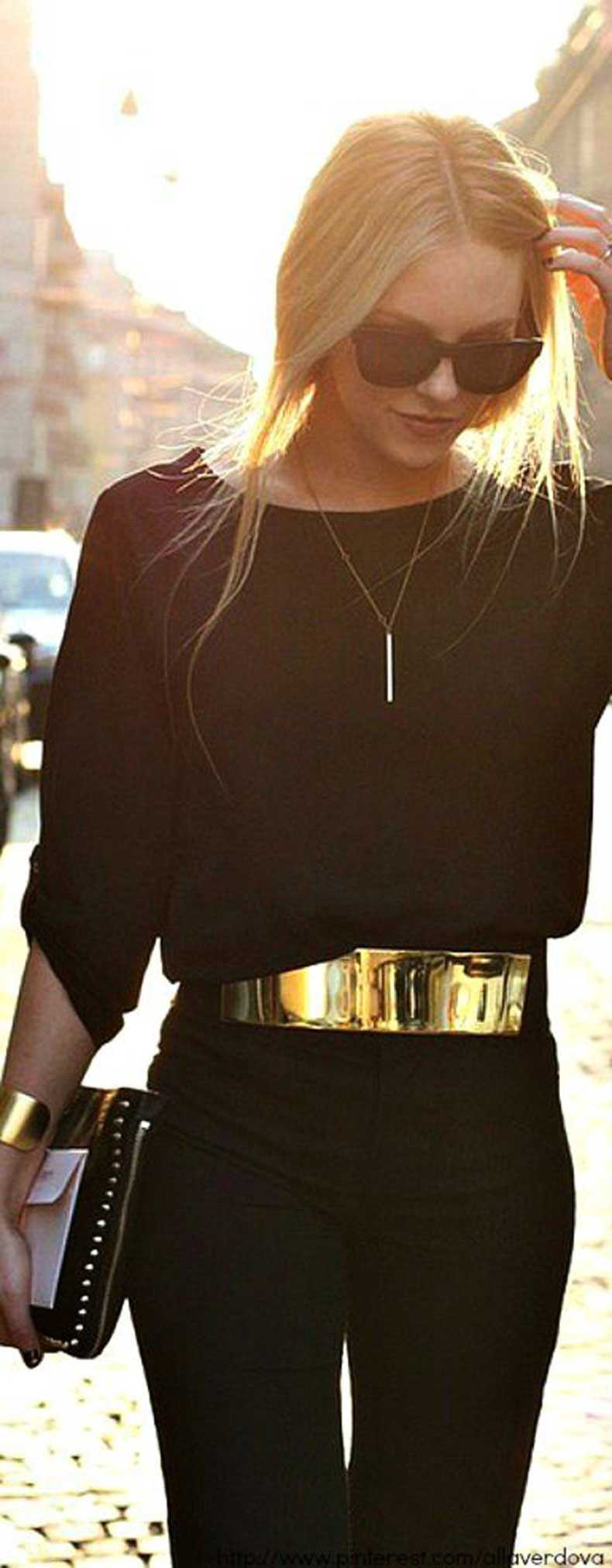 simple-gold-necklace
