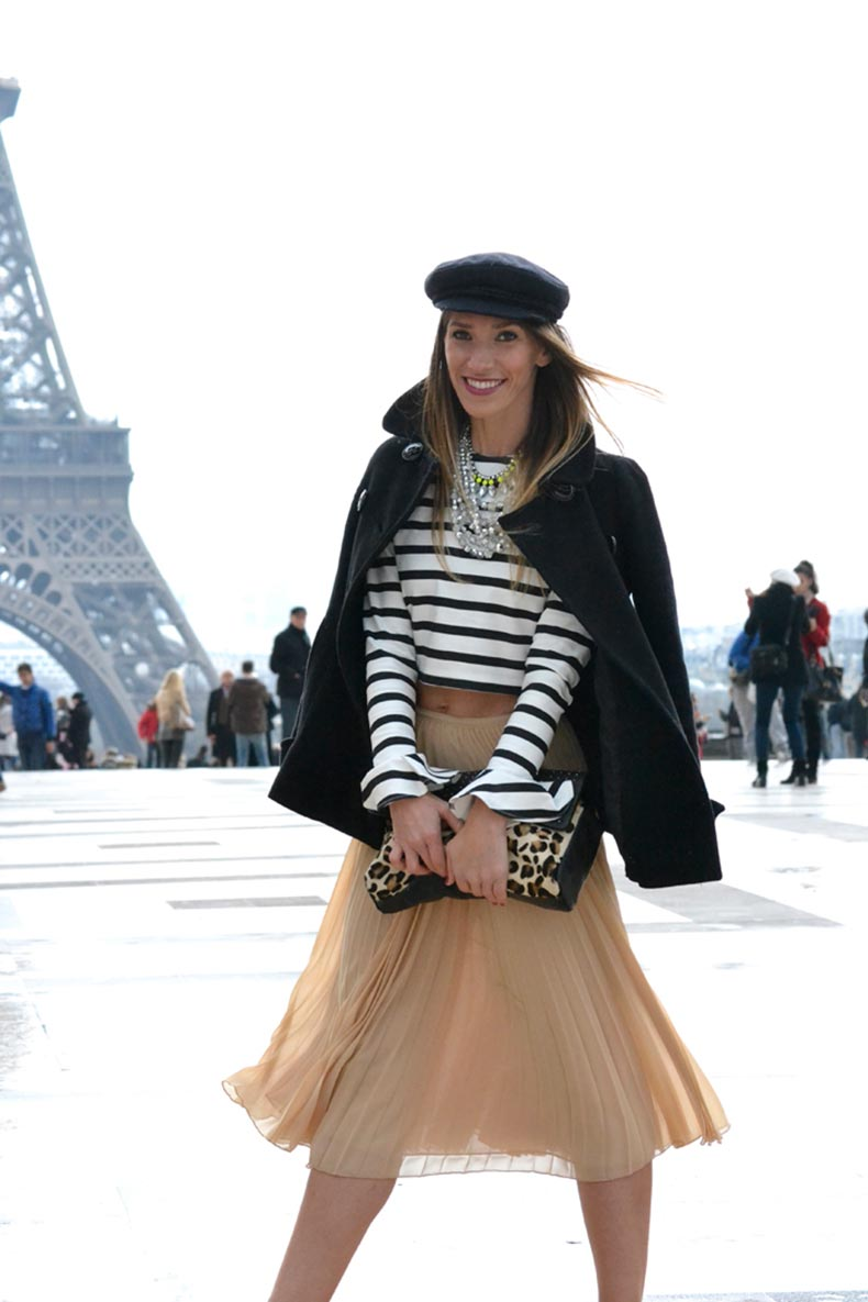 atacadas-street-style-paris-stripped-top