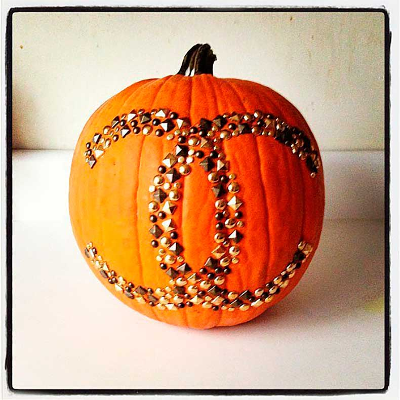 Fashion-girls-everywhere-swooning-Chanel-pumpkin