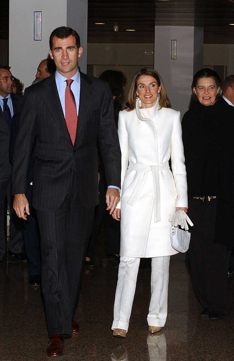 When-Her-Overcoat-Matched-Her-Pants