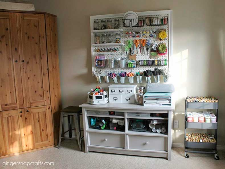 CI-Ginger-Snap-Crafts_craft-room-pegboard.jpg.rend.hgtvcom.1280.960