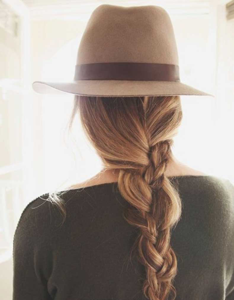 Messy-Braids-with-Hats-Holiday-Hairstyle-Designs