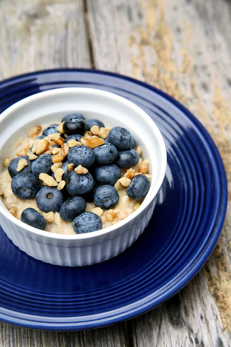 cd281f3595124171_oatmeal-with-blueberries.xxxlarge_2x