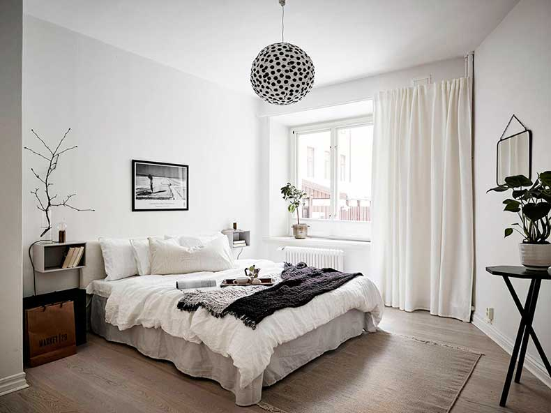Oracle-Fox-Sunday-Sanctuary-Detail-Oriented-Black-and-white-Scandinavian-Interior-5