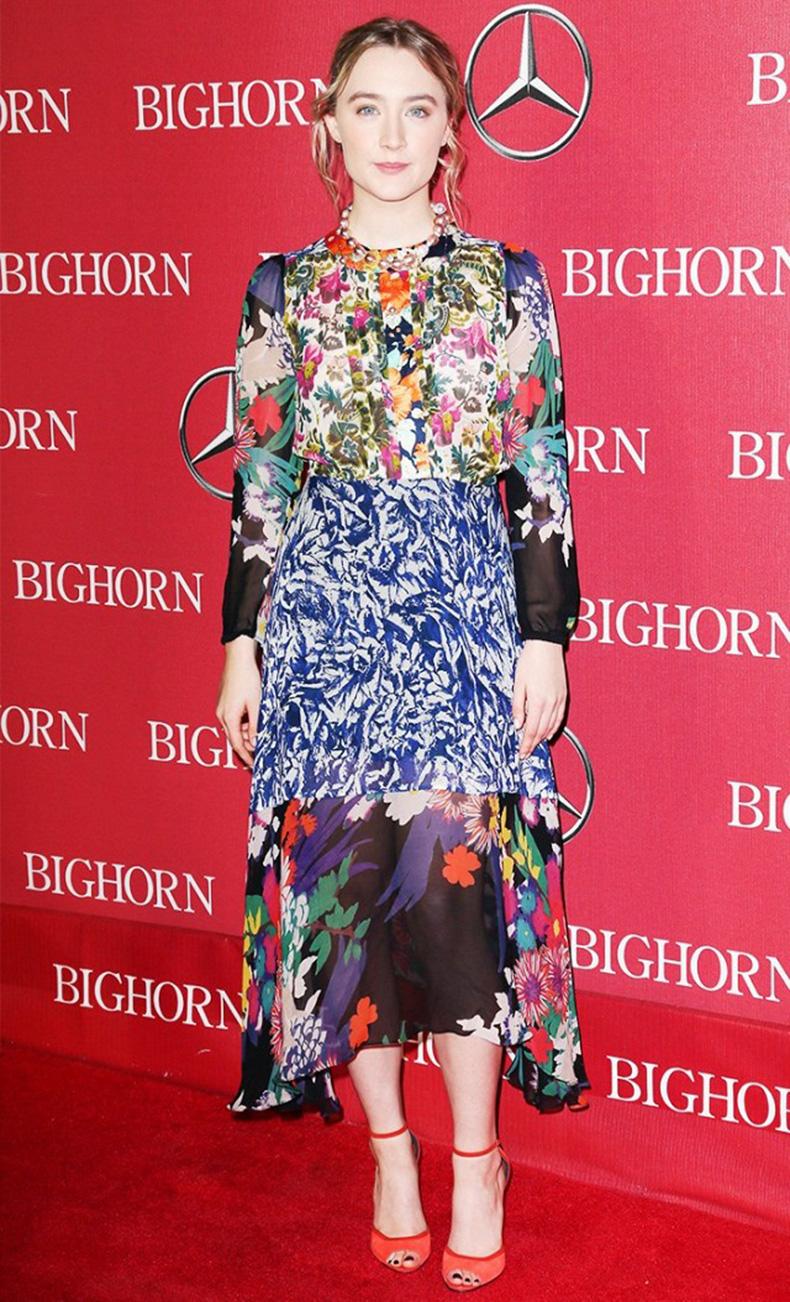 the-new-it-girl-thats-on-every-best-dressed-list-1667523-1456174635.640x0c