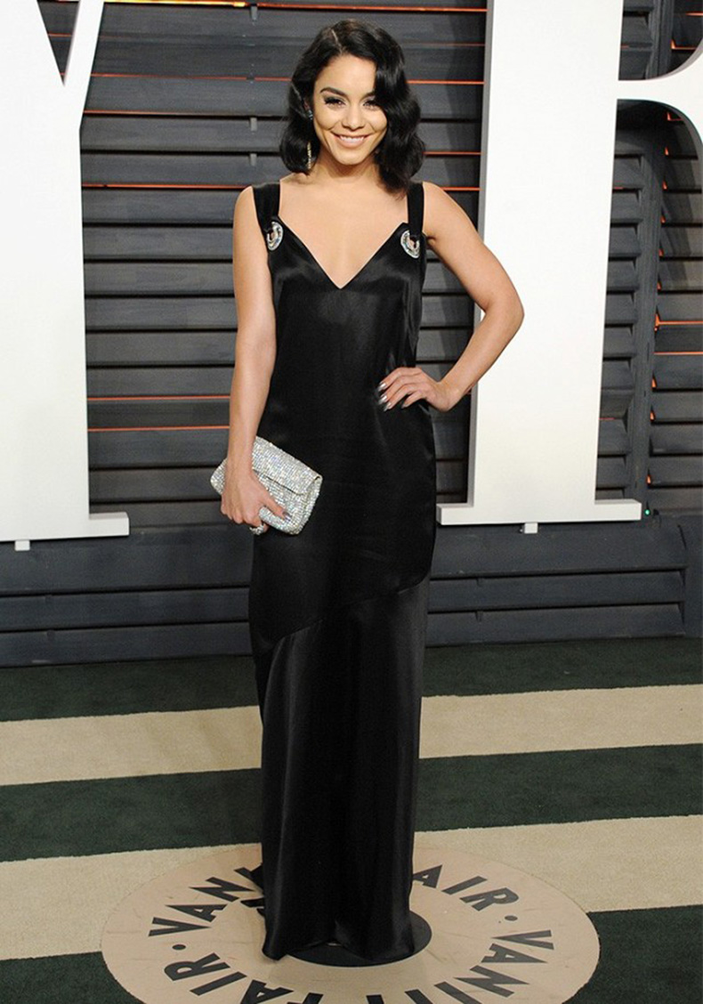 guess-who-wore-hm-to-the-oscars-after-party-1678072-1456772793.640x0c