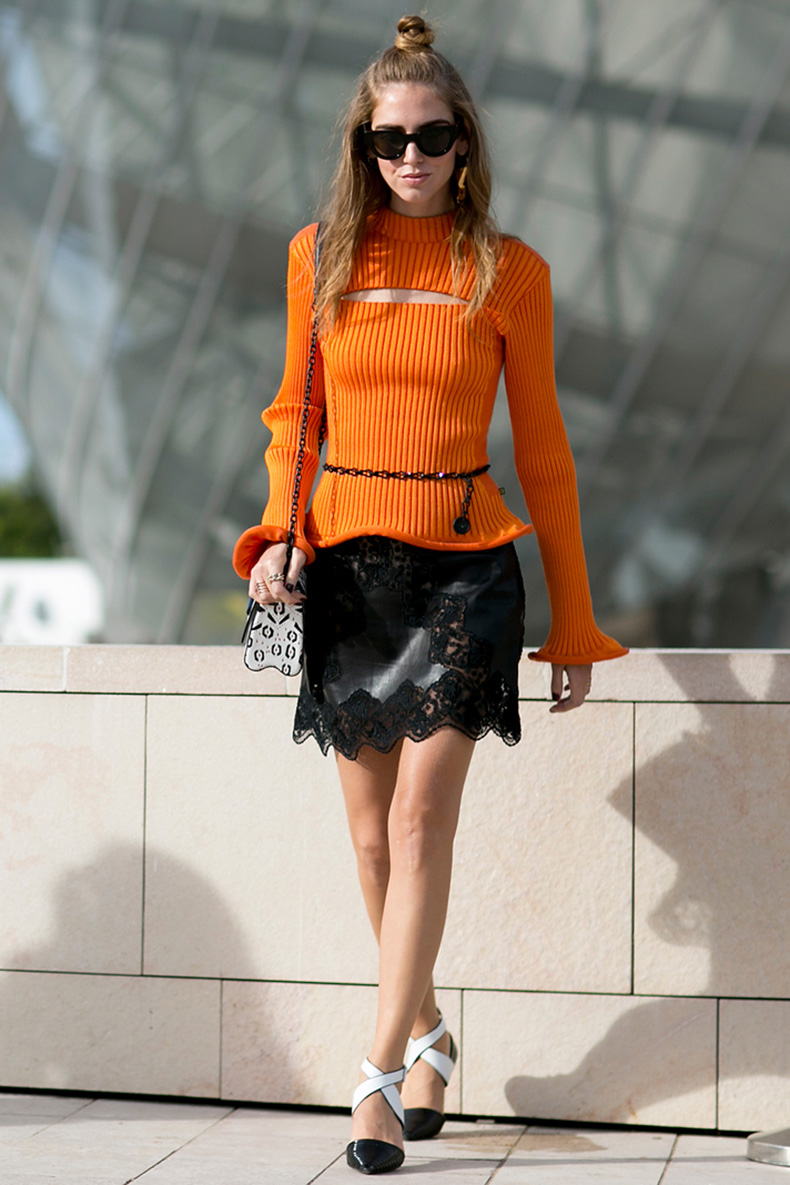how-to-wear-orange-outfit-chiara-ferragni