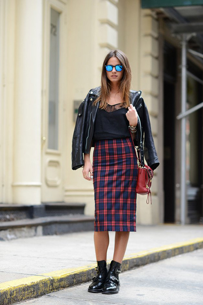 Plaid-Midi-Skirt-Outfit-for-Women
