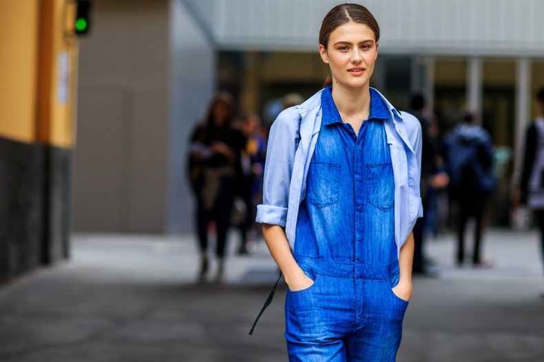 atmosphere details, blue denim, denim jumpsuit, fashion week, frenchystyle, FW, horizontal, jonathan paciullo, MFW, MILAN, model, SPRING SUMMER 2016, SS 16, street style, woman