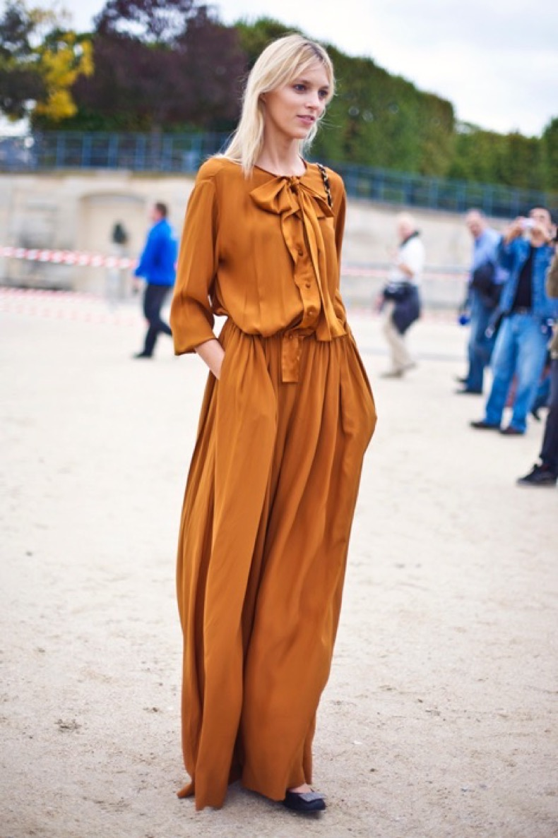 anja-rubik-a-orange-jumpsuit-123110