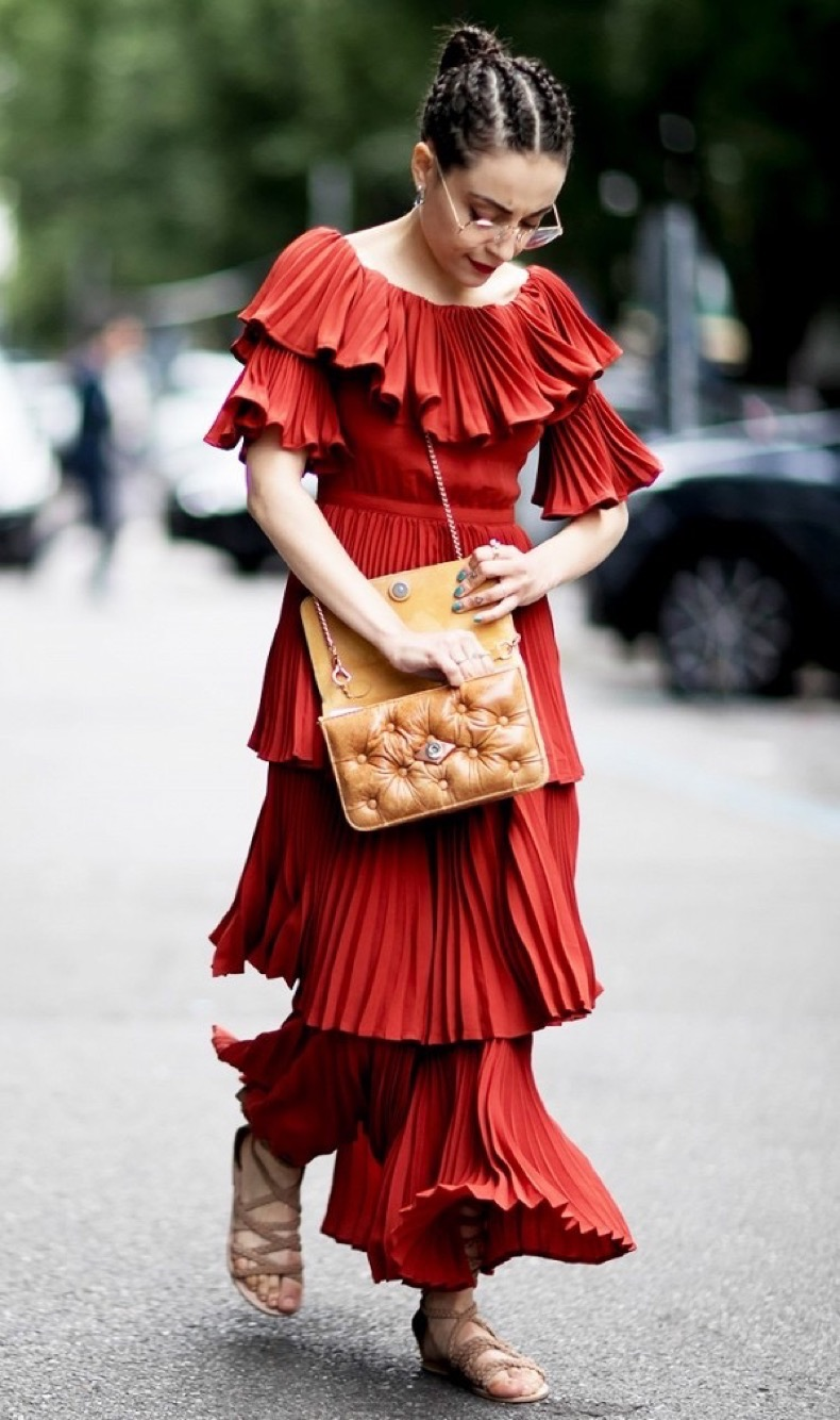 psa-you-probably-need-a-red-dress-this-season-1867438-1471013462.600x0c