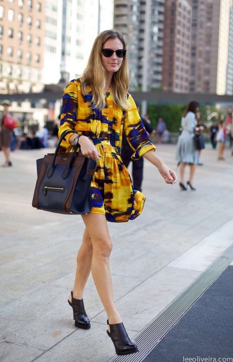 print-dress-with-celine-luggage-tote-and-fendi-peekaboo-or-a-classic-chanel-caviar-bag