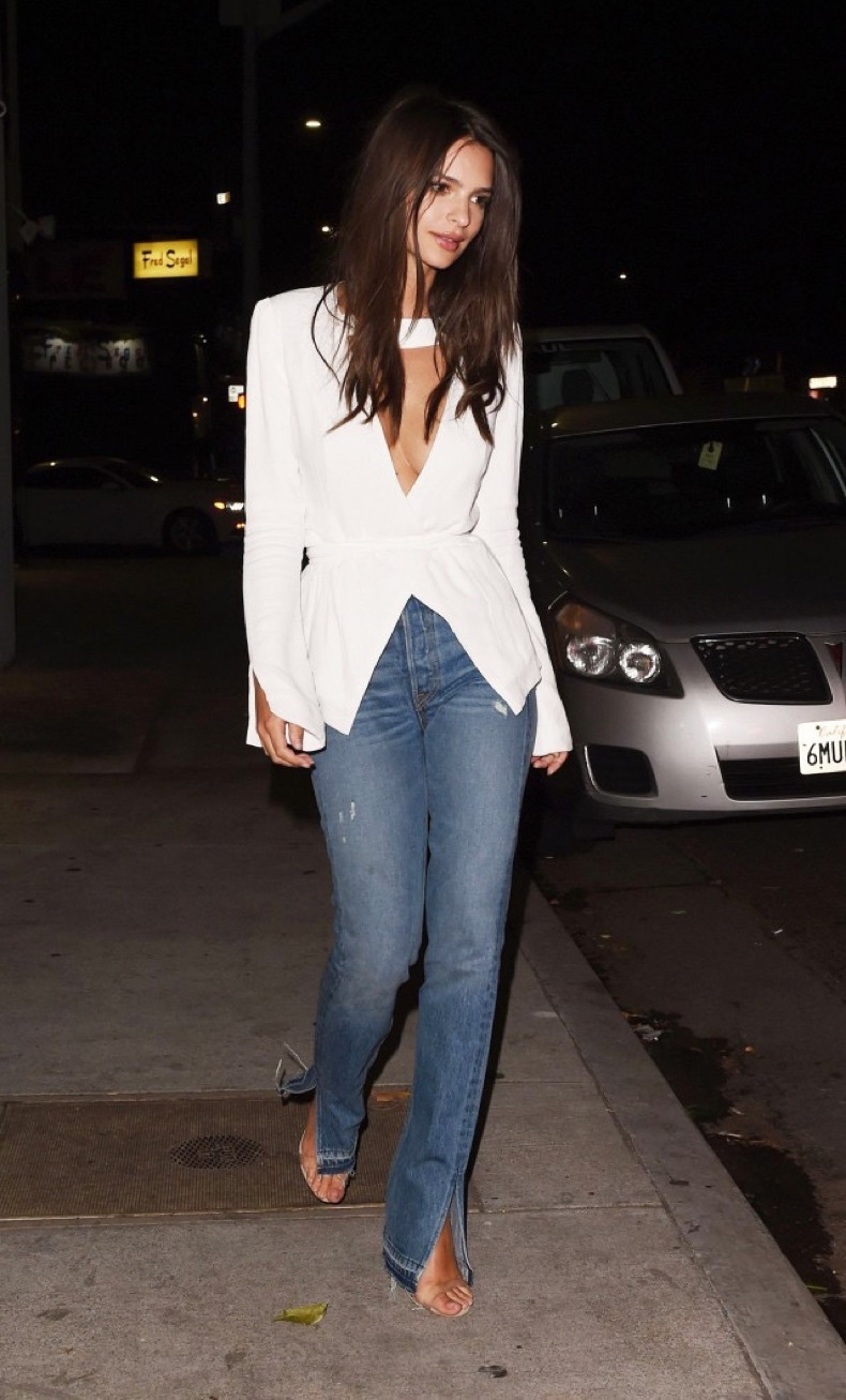 the-best-jeans-style-to-make-your-legs-look-long-1947599-1477027867-640x0c