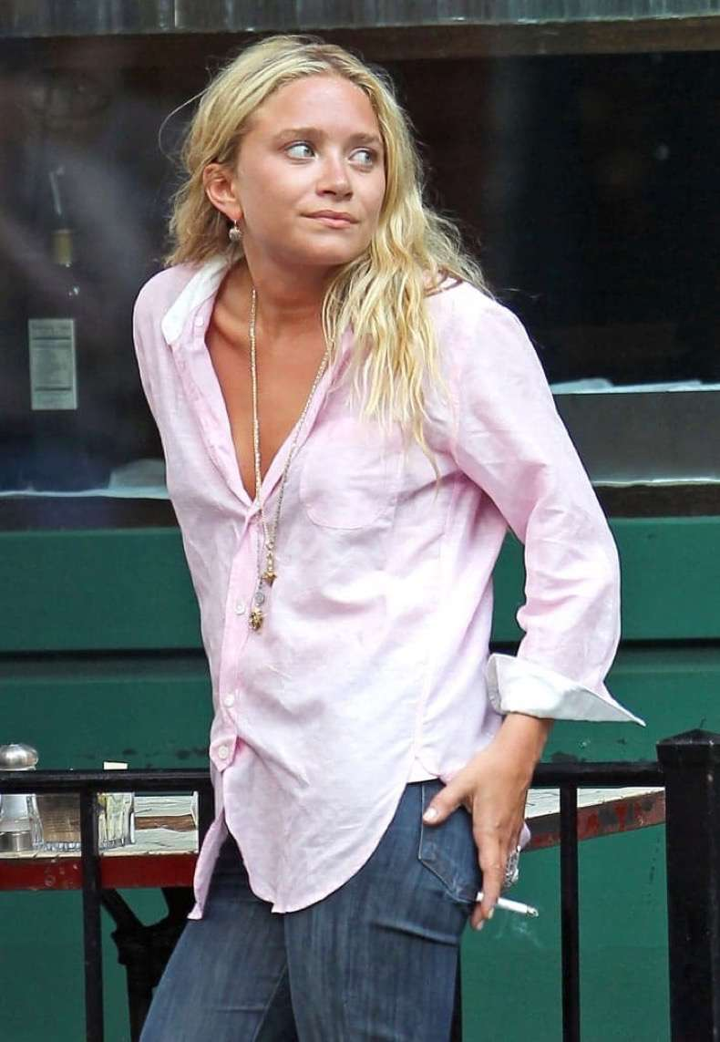 mary-kate-olsen-looking-stylish