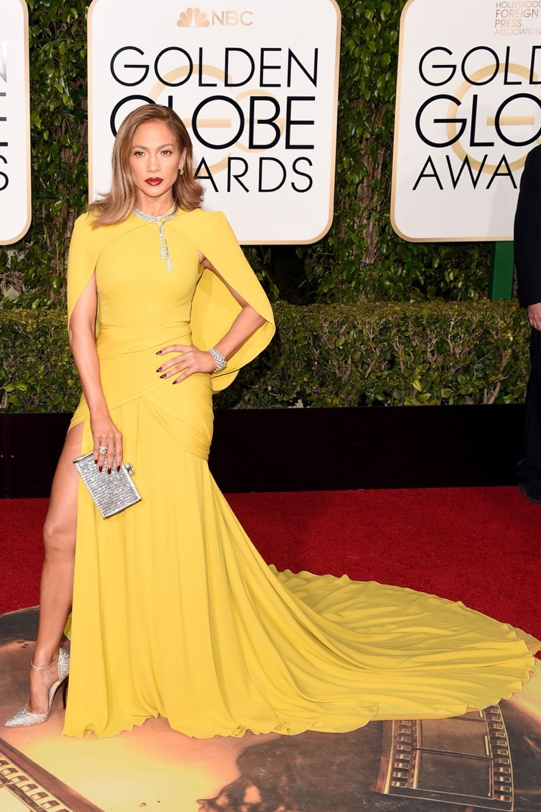 hbz-best-red-carpet-looks-of-the-year-jennifer-lopez