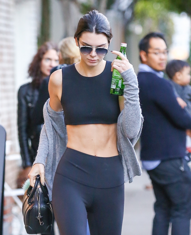 kendall-jenner-abs-1815-5